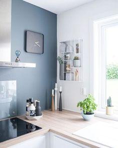 Modern kitchen wall decor kitchen blue feature wall where to buy modern kitchen wall decor . Kitchen Inspirations, Interior Design Kitchen, Apartment Kitchen, Scandinavian Kitchen Design, House Interior, Home Kitchens, Home, Kitchen Remodel, Home Decor