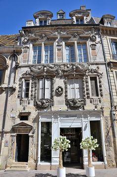 Dijon - Maison Maillard dite Milsand (38 rue des Forges) Beautiful Castles, Beautiful Buildings, Architectural Elements, Architectural Digest, Largest Countries, France Travel, Architecture, Best Hotels, Travel Pictures