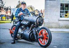 Dutch engineers Revatu Customs recently built a steam powered motorcycle and named it The Black Pearl. It works the same way that a steam powered locomotive does and it looks really cool. Triumph Motorcycles, Concept Motorcycles, Custom Motorcycles, Custom Bikes, Cars And Motorcycles, Custom Choppers, Standard Motorcycles, Custom Cycles, Custom Bobber