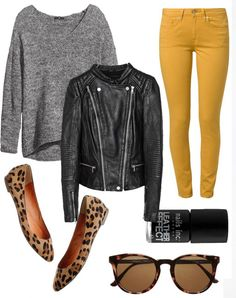 19 outfit ideas to wear your yellow jeans this spring - My Style - Mode İdeen Yellow Jeans Outfit, Outfit Jeans, Mustard Jeans Outfit, Mustard Scarf, Yellow Leggings, Flats Outfit, Dress Shoes, Fashion Mode, Look Fashion