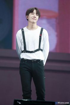 Find images and videos about kpop, bts and bangtan boys on We Heart It - the app to get lost in what you love. Jimin, Jungkook Jeon, Bts Bangtan Boy, Gwangju, Jung Hoseok, Rapper, K Pop, Bts Love, Bad Boy