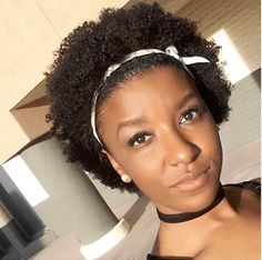 Get the guide on the best way to grow African American hair quickly by retaining length. If you're wondering how to grow long hair this guide is your bible. Afro Hairstyles, Black Women Hairstyles, Pretty Hairstyles, Teeny Weeny Afro, Curly Fro, Braid Out, Natural Styles, African American Hairstyles, Natural Hair Journey
