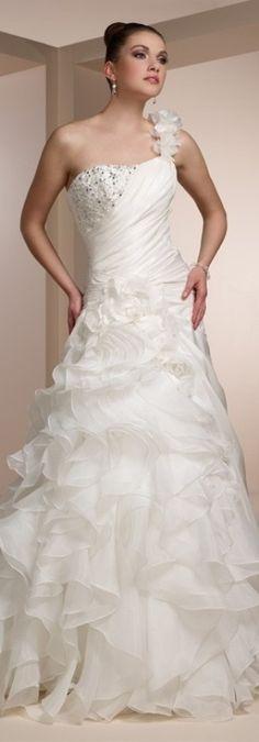 A-Line Asymmetric Tiered Flower Organza Long White Wedding Dress Organza Wedding Gowns, Crystal Wedding Dresses, Beautiful Wedding Gowns, 2015 Wedding Dresses, Cheap Wedding Dress, Bridal Gowns, Dream Wedding, 2017 Wedding, Dresses 2013
