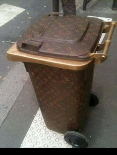 Can this please be my garbage can?