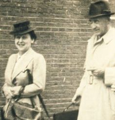 """Auguste van Pels, Hermann van Pels's wife, is referred to as """"Mrs. Petronella van Daan"""" in Anne Frank's diary. Apparently, she was difficult to live with. Native American History, African American History, American Civil War, Frank Martin, Anne Frank, Old Photography, Harriet Tubman, Harlem Renaissance, Rosa Parks"""