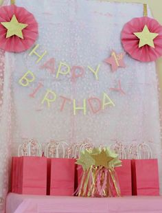 Goodie favor bags at a Twinkle Twinkle Little Star birthday party! Second Birthday Ideas, Girl First Birthday, First Birthday Parties, 5th Birthday, Twinkle Star Party, Twinkle Twinkle Little Star, Boy Party Favors, Birthday Party Favors, Ballerina Birthday Parties