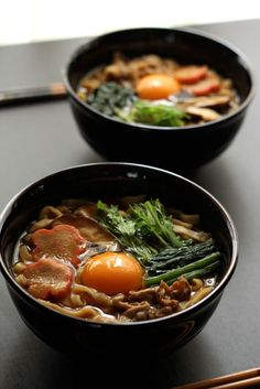 Japanese food / みそ煮込うどん (miso nikomi udon via Sandra Angelozzi I Love Food, Good Food, Yummy Food, Japanese Dishes, Japanese Food, Gula, My Favorite Food, Ramen, Asian Recipes