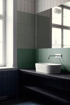 Modern Bathroom Colorblocked Tiles