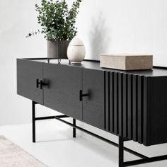 Low Sideboard, Sideboard Decor, Modern Sideboard, Credenza, Wooden Cladding, Wood Slats, Decoration Buffet, Modern Buffet, Wooden Cabinets