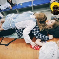Twice - Dahyun and Jeongyeon