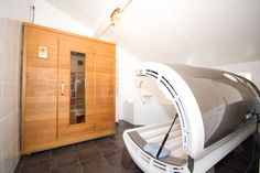 Bungalow 18 - Badkamer 2 - Infraroodsauna / solarium - Klein Vaarwater Ameland #Ameland #vakantie #ontspannen #bungalow