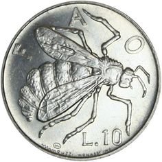 Coin Connoisseur  Vintage 1974 Bee coin from by TheCoinConnoisseur