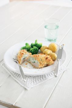 Stuffed and Baked Crisp Garlic Chicken Breasts