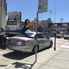 Street pole on #canneryrow #monterey #montereybay #california #pole #splits #calisthenics #wanderlust #womenwithmuscle #sidewalk #streetpole #circus #poledancer #aerial #acro #chinesepole #reikosplit #summertime #travel #mightygrip #notyoga #poletrick #grip #gymnastics #fitness #coloradogirl #poleclimb #circusgirl #julypolechallenge #parkour