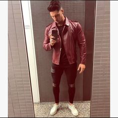 Our black super spray on jeans that mould to your leg guarantees the best possible fit. Cheap Mens Jackets, Casual Jackets, Spray On Jeans, Mens Clothing Brands, Leather Jacket Outfits, Fashion Moda, Mens Fashion, Style Fashion, Fashion Rings