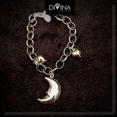 Produção fotográfica - Cliente Divina Semijoias Charmed, Bracelets, Jewelry, Fashion, Fotografia, Moda, Jewlery, Jewerly, Fashion Styles