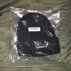 f9619e9978e Supreme FW15 Loose Gauge Beanie BLACK O S Rare Ribbed Box Logo Camp Cap Hat