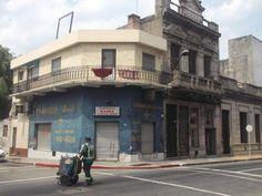 """Montevideo, Uruguay. 3° riscatto urbano di Silvia Branca. Saranno conteggiati i """"mi piace"""" al seguente post: https://www.facebook.com/photo.php?fbid=10153140075648877&set=o.170517139668080&type=3&theater"""