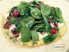 Gluteeniton ja semi-paleo vähähiilarinen pizza.
