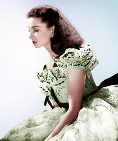 Vivien Leigh - Her green and white picnic dress and the Tarleton twins.