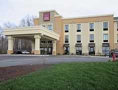 Comfort Suites-Youngstown North offers accommodation in Youngstown. Every room at this hotel is air conditioned and features a flat-screen TV with cable channels. You will find a coffee machine in the room. Every room is fitted with a private bathroom. There is a 24-hour front desk at the property.   This property also has one of the best-rated locations in Youngstown! Guests are happier about it compared to other properties in the area. Boardman Ohio, Book Cheap Hotels, Cable Channels, Red Roof, Best Rated, Discount Travel, Hotel Deals, Front Desk, Coffee Machine