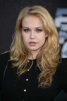 Penelope Mitchell at event of Fast & Furious 6 (2013)