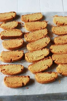 Paximádia portokaliou - orange and olive oil vegan biscotti | #greekfood #greekcooking #greekrecipe
