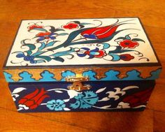 Turkish style woodbox