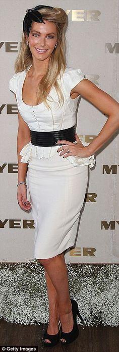 Jennifer Hawkins babe Prix Posing Hot Celebrity-5407