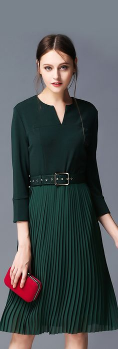 Green Notch Neck Pleated Dress with Belt Casual Day Dresses, Short Dresses, Classic Dresses, Cool Outfits, Fashion Outfits, Womens Fashion, Sexy Skirt, Blouses For Women, Women's Blouses