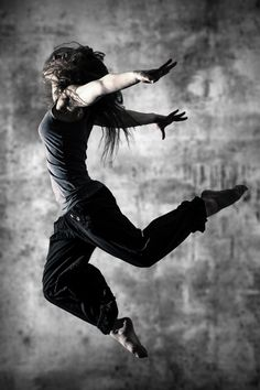 Street dance by Michael Siegmund on 500px Love the expression