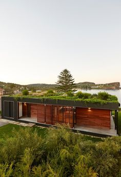 Avalon House by ArchiBlox: contemporary eco friendly prefab home built in just 6 weeks