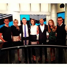 E! News team ♥ { ???, Ali Fedotowsky, Jason Kennedy, Gulianna Rancic, Terrence Jenkins, Catt Sadler, and Ken Baker } I love watching them interact with each other! It's so refreshing to see silly, light hearted friendships on TV.