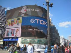 Piccadilly Circus♥