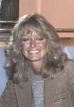 Farrah Fawcett by Chickeyonthego, via Flickr Celebrities With Cats, Celebrities Before And After, Celebs, Creative Hairstyles, Cool Hairstyles, Santa Monica, Kate Jackson, Cheryl Ladd, Goldie Hawn