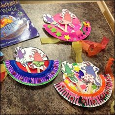 Aliens Love Underpants Paper PLate Space ship Craft used by Grinshaw Library