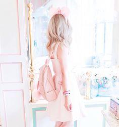 My Pretty & Pink Walt Disney World Adventures, Disneyland, disneyworld, Disney blogger, Disney style, Disney dresses, Mickey Mouse ears, dress blogger, girly girl, girl girl Adventures, Cinderella, cinderellas castle, the magic kingdom, candy shop