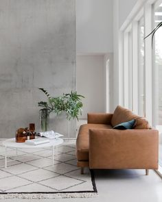 Too much components or home furniture can create a space appear smaller compared to the actual way it already is. Table Decor Living Room, Living Room Seating, Living Room Interior, Home Decor Bedroom, Living Room Furniture, Home Furniture, Transitional Living Rooms, Contemporary Sofa, Boho Chic