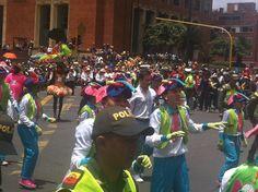 #Marimondas en la ciudad de #Bogota que recuerdan el #CarnavalDeBarrranquilla