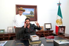 """MÉXICO, D.F. (proceso.com.mx).- Ante la violencia que azota al país, el expresidente Vicente Fox sugirió al gobierno mexicano dialogar con el crimen organizado para encontrar un camino de paz. """"La ..."""