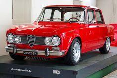 Alfa Romeo Giulia 1300 Super (Cool Cars Old) Alfa Romeo Cars, Auto Alfa Romeo, Auto Gif, Alfa Alfa, New Luxury Cars, Alfa Romeo Giulia, Cool Cars, Dream Cars, Classic Cars