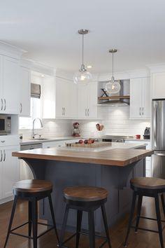 Love the white kitchen cabinets and dark gray island with butcher block. Updated Kitchen, New Kitchen, Kitchen Dining, Kitchen Decor, Space Kitchen, Kitchen Ideas, Dining Room, Kitchen Island Quartz, Grey Kitchen Island