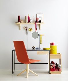Tati Table, Mirror And Side Table By Asplund