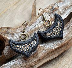 Black earrings Dangle earrings Unique earrings Unusual