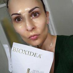 "BIOXIDEA via Instagram:@cele_beautymakeupIntentar salir ""sessi"" con esta maravillosa mascarilla me ha resultado imposible!  Adoro @bioxideaELEMENTAL48 Gold Mask  Total in love with this amazing mask!!!"