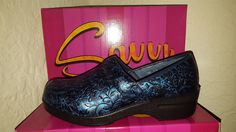Savvy Navy Blue Tooled Nursing Shoes Navy Blue Scrubs, Nursing Shoes, Clogs, Heels, Leather, Fashion, Clog Sandals, Heel, Moda