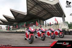 Fancy riding a RM900k de-tuned MotoGP streetbike? Here's the Honda RC213V-S