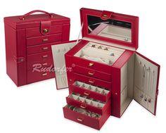 http://www.cutiibijuterii.eu/casete-pt-bijuterii/casete-bijuterii/caseta-pt-bijuterii-model-7240-pe-rosu/7240.12