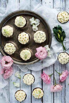 White Chocolate and Feijoa Cupcakes