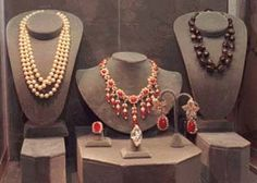 Jewels from the sale of the estate of Jacqueline Kennedy Onassis. Photo c/o USA Today